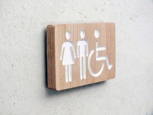 panneau en bois pour toilettes mixtes homme femme handicapé
