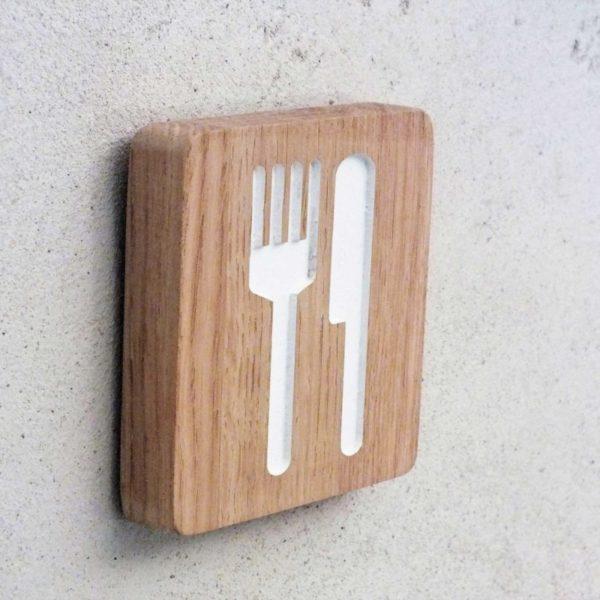 plaque de porte pour la cuisine avec pictogramme couteau et fourchette