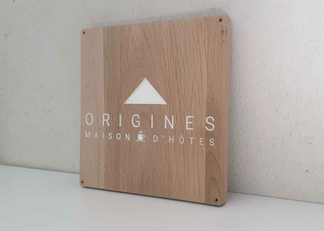 pancarte pour maison d'hôtes en bois