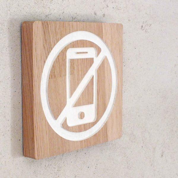 panneau pour interdiction d'utiliser un téléphone portable